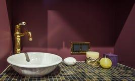 Fregadero del cuarto de baño Fotos de archivo libres de regalías