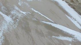 fregado Invierno El compuesto del estuario y del mar Fregado secado almacen de metraje de vídeo