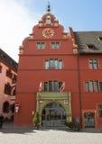 Freiburg im Breisgau, Tyskland - gammalt stadshus Arkivfoto