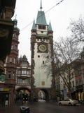 Freiburg stadsvägg och torn royaltyfria bilder