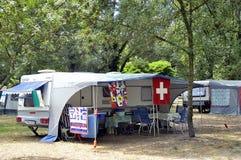 Freie Stellen mit dem Campingplatz Lizenzfreie Stockfotos