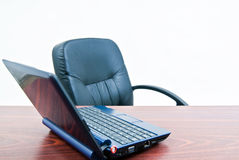 Freier Büroschreibtisch Stockfoto