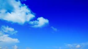 Freier Hintergrund des blauen Himmels Lizenzfreie Stockbilder