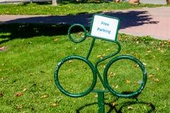 Freies Fahrrad-Parken Stockfotografie