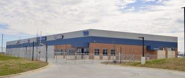 Freightliner Przewozić samochodem i Stażowy centrum zdjęcie royalty free