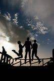 Freiheit unter Wolkenhimmel Stockbild