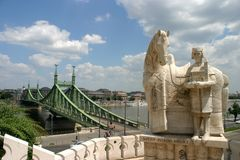 Freiheits-Brücken-Ansicht Stockbild