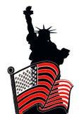 Freiheitsstatue mit amerikanischer Flagge lizenzfreie abbildung