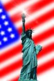 Freiheitsstatue mit Markierungsfahne Stockfoto