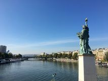 Freiheitsstatue Paris Frankreich Stockbilder