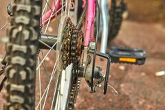 Freio de roda traseira das peças da bicicleta imagem de stock