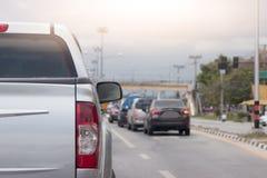 Freio dos carros na estrada Imagens de Stock