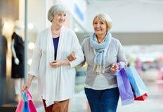 Freizeit von älteren Frauen Stockfotos