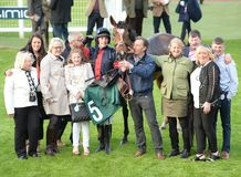 Horse Racing. Frelia 1st seen here with connections at cheltenham races 5-5-17 Stock Photo