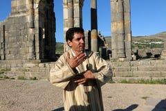 Fremdenführer im Land von Marokko Stockbild