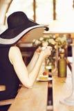 Fremder in einem Café Stockbilder