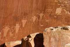 文化fremont印地安人刻在岩石上的文字 免版税图库摄影