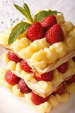 French strawberry millefeuille with cream Patissiere macro. vert Royalty Free Stock Photography