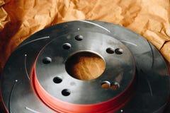Freno de disco es una parte de uso del coche para la parada el coche Foto de archivo