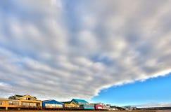Frente colorido de la playa de Stilbaai foto de archivo libre de regalías