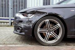 Frente de Audi dañado A6 Imagen de archivo libre de regalías