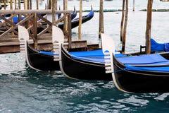 Frente de góndolas, Venecia, Italia Foto de archivo libre de regalías