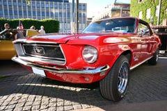 Frente de un mustango retro americano viejo del coche Fotografía de archivo libre de regalías