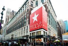 Frente icónico de la tienda del ` s Herald Square de Macy Fotografía de archivo