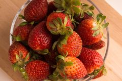 Fresa, cal, fruta, cortada imagenes de archivo