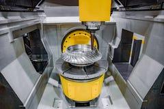 Fresadora metalúrgica del CNC Fotografía de archivo libre de regalías