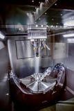 Fresadora metalúrgica del CNC Fotos de archivo libres de regalías
