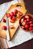 Fresas cortadas Imagen de archivo