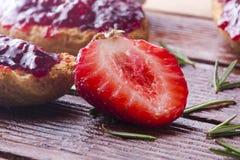 Fresas de temporada Imagenes de archivo