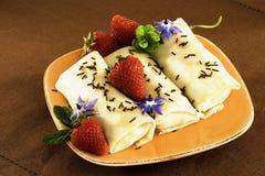 Fresas del chocolate de los Crepes Fotografía de archivo