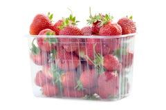 Fresas frescas en rectángulo plástico Fotografía de archivo