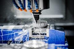 Fresatrice metallurgica di CNC fotografie stock libere da diritti