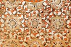 Fresco antigo com testes padrões florais e geométrico bonitos Fundo tradicional da arte finala de Sri Lanka Fotografia de Stock Royalty Free