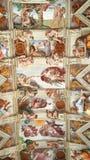 Frescoes för Sistine kapell, Rome, Italien royaltyfri foto