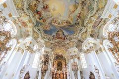Frescos de la pared y del techo del patrimonio mundial de la iglesia del wieskirche adentro foto de archivo