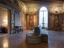 Frescos del renacimiento en un chalet veneciano Imagen de archivo libre de regalías