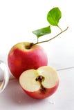 Fresh apple and sliced apple Royalty Free Stock Photos