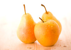 Fresh Apples And Pears Royalty Free Stock Photography