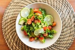 Fresh avocado and tomatoes salad Royalty Free Stock Images