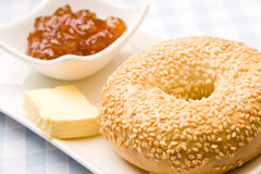 Fresh bagel with jam Royalty Free Stock Images