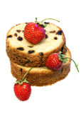 Fresh baked cake with sultana and strawberries Royalty Free Stock Photos