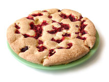 Fresh-baked pie with raspberrie jam Royalty Free Stock Photos