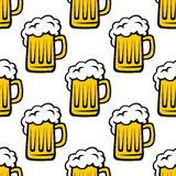 Fresh beer tankard seamless pattern. For drink, bar or background design Stock Photos