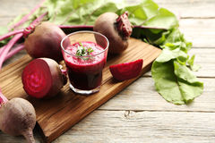 Free Fresh Beets Juice Royalty Free Stock Images - 73820879