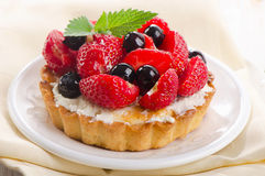 Fresh berry tart Royalty Free Stock Photography