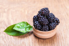 Fresh blackberrys in a bowl Stock Photography